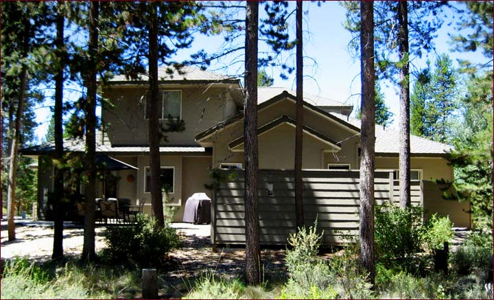 Bunkroom offers comfortable family lodging accommodations in Sunriver Oregon
