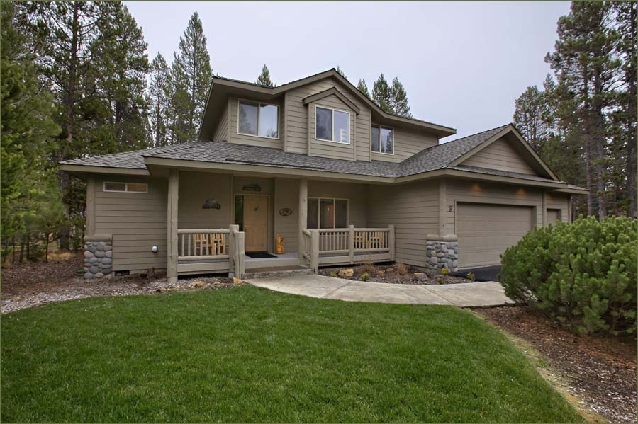 Large Sun River vacation rental home minutes to Mt Bachelor Mountain Resort Ski Area